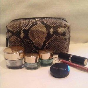 NWT Estee Lauder Makeup and Cosmetic Bag Set